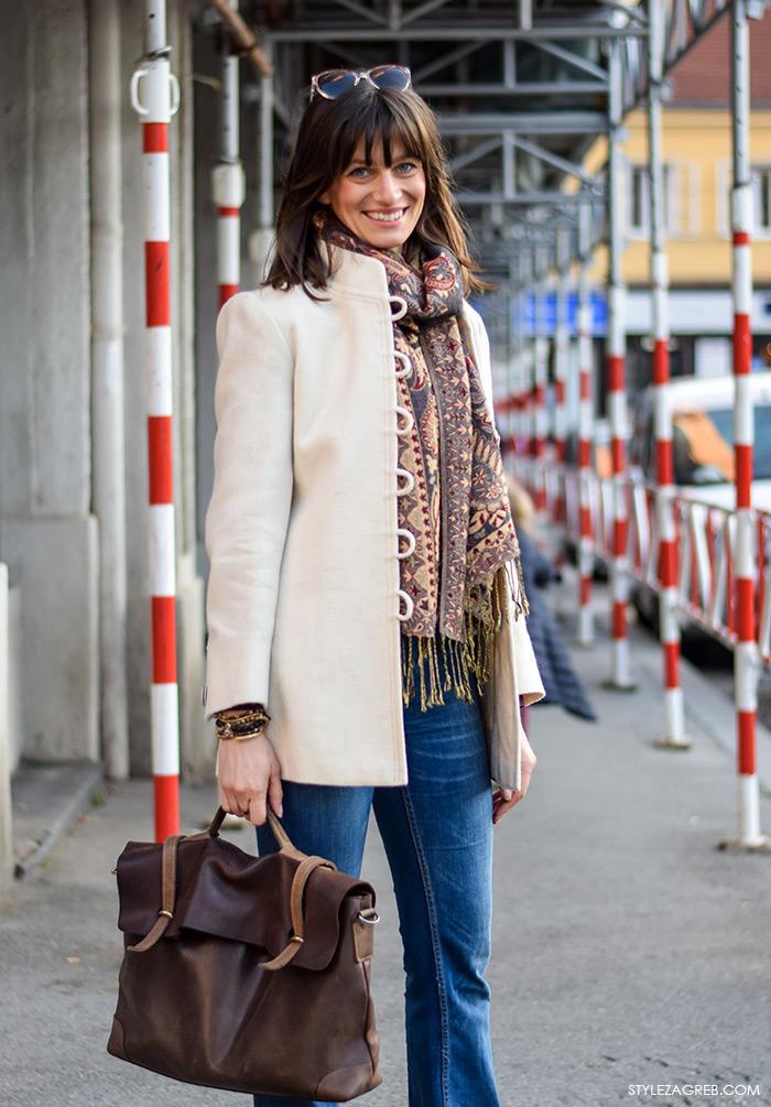 Stajling za svaki dan: bijeli kaputić i trapezice, odvjetnica Ilinca Cenov, Stylezagreb ulična moda, Zagreb, Croatia, street style