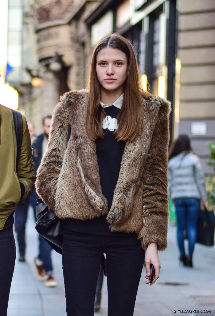 Street style moda Zagreb veljača 2016. Sara Sorić, manekenka, srednjoškolka. Ideje za svakodnevni stajling MODA: Kako kombinirati bundicu i bijele tenisice.