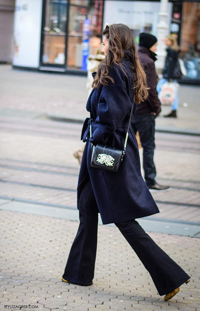 zagreb street style ulična moda trapezice kako nositi trapezice i navy duži kaput