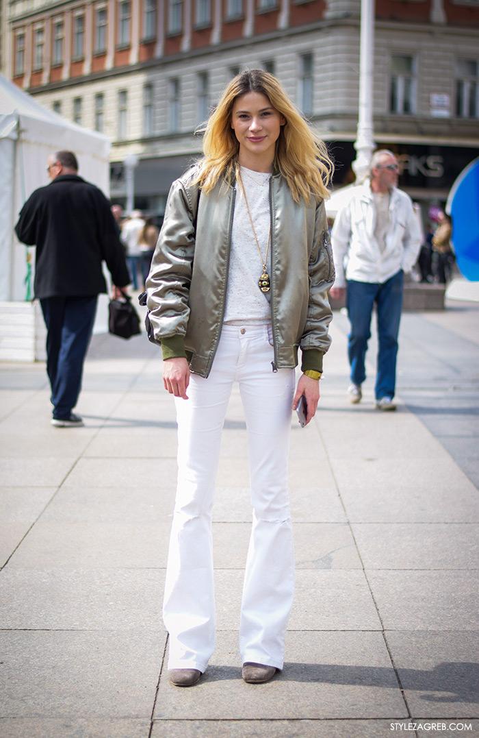 Street style Zagreb žena hr moda fashion hr, kombinacija bomber jakna i bijele trapezice, proljetna moda, Korina Barišić, stil arhitektice by StyleZagreb.com