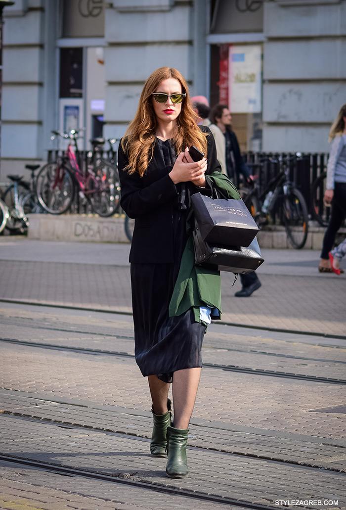 Modna kombinacija: Crni sako preko svilene haljine kojoj su zelene gležnjače dale dnevni look. Poslovna odjeća ulična moda Style Zagreb, gloria časopis za žene, život i zdravlje, poslovna žena, zadovoljna žena