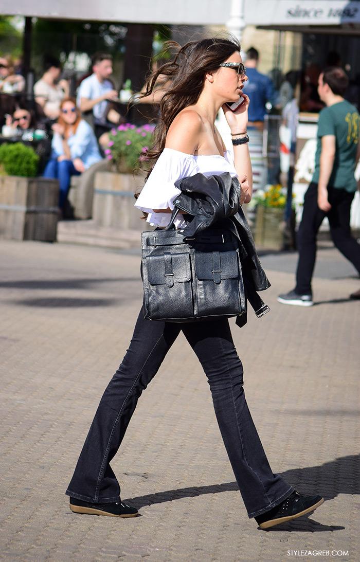 Street style Zagreb Hrvatska, ulična moda Zagreb, prosvjed Hrvatska može bolje 1.6.2016., lijepa žena u off shoulfer topu i trapezicana, Trg bana Jelačića