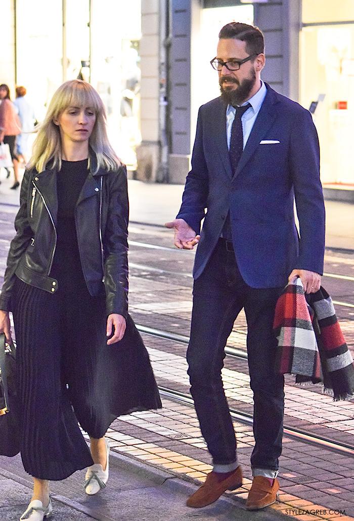 Par ženska muška moda jesen 2016 street style Zagreb ulična moda modna kombinacija crna bajkerska jakna i crne plisirane suknja-hlače, muška kombinacija plavi sako i podfrknute traperice, karirani šal