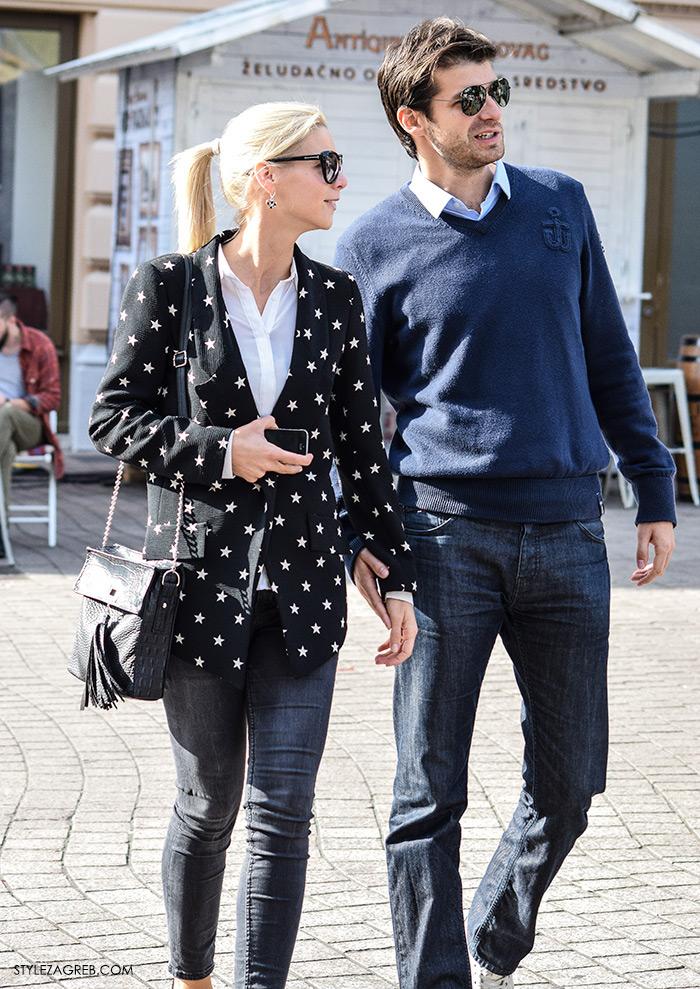 Par ženska muška moda jesen 2016 street style Zagreb ulična moda modna kombinacija žene: crni sako sa zvjezdicama, bijela košulja. Muška kombinacija: plava vesta i traperice