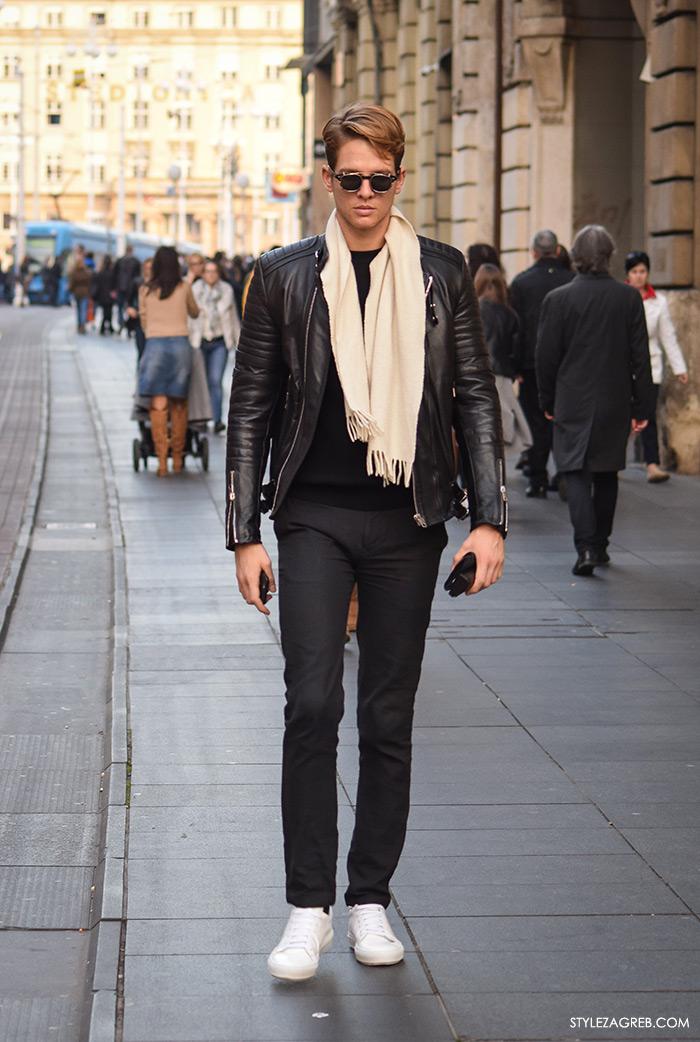 Street Style Zagreb muška moda jesen zima crna bajkerska jakna, bijeli šal, bijele tenisice