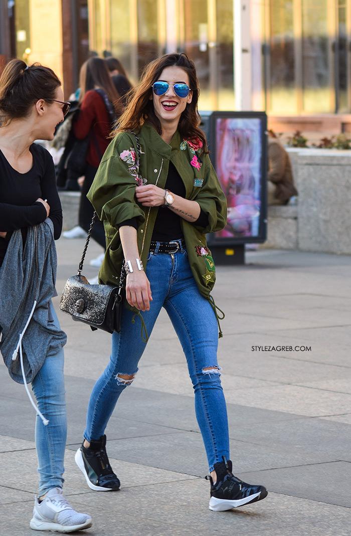 street style Zagreb Hrvatska spring fashion hr Croatia Zara zelena jakna ruže aplikacije metalik naočale lijepa žena hr ulična moda najnovije slike špica