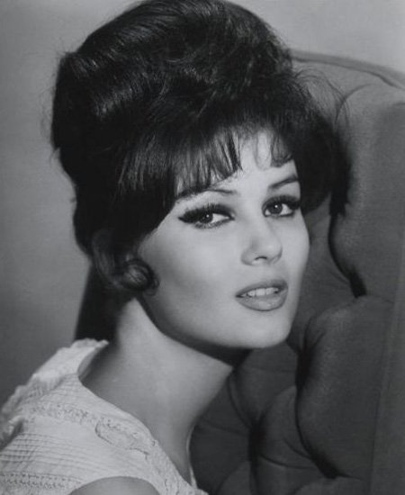 1950s hairstyles women bouffant
