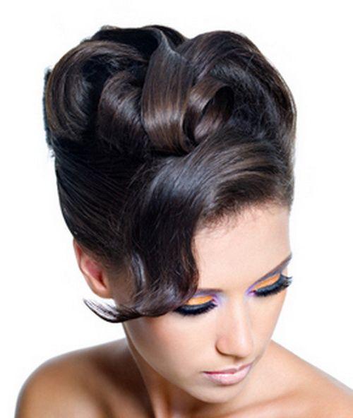 Women Updos haircuts