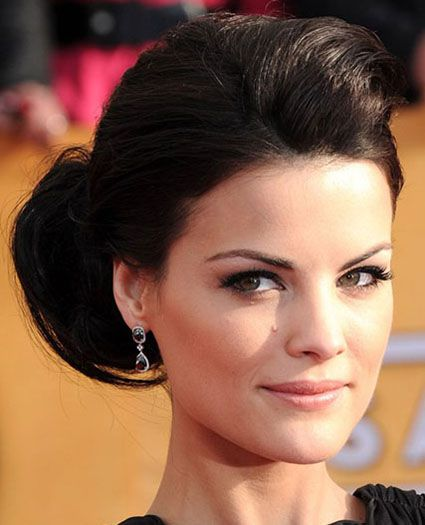 chignon hairstyles for thick hair