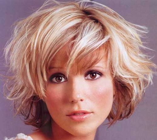 Voluminous short Waves for Women