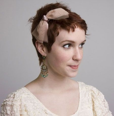 Fierce Pixie Hairstyle for Oval Faces 2016
