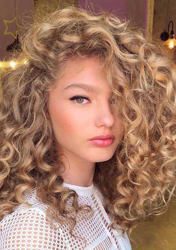Voluminous Long Curls for Women 2018