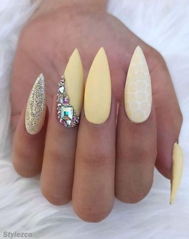 Fabulous Yellow Nail Art Designs & Trends For Queen Girls