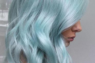 Stunning Metallic Mint Hair Color Trends & Ideas for 2018-2019