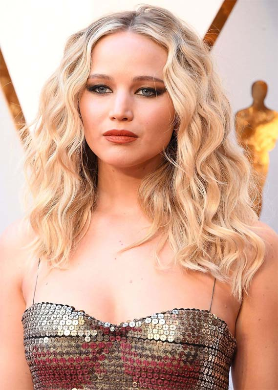 Curly Hairstyles for Medium Length Hair in 2019