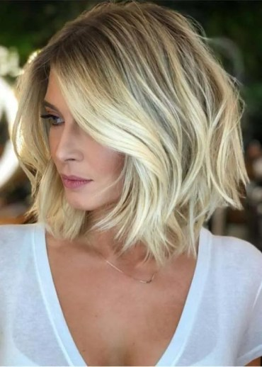 Medium Length Blonde Haircuts to Create in 2019