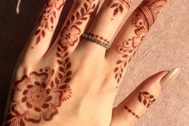 Simple Mehndi Designs for Hands & Fingers in 2019