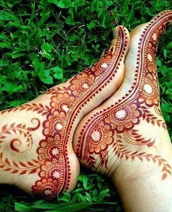 Awesome Mehndi Deigns for Feet in 2019
