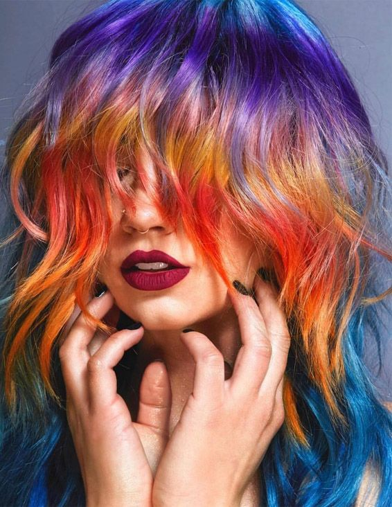 Beautiful Short Haircuts with Colorful Highlights for 2019