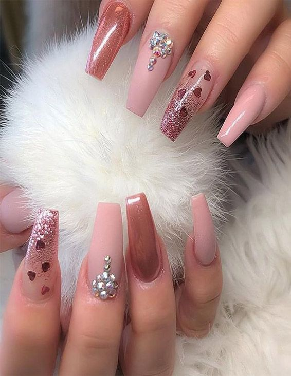 Classical Nail Designs for Winter Season of 2019