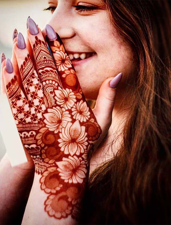 Great Mehndi Designs You Really Need to Follow Nowadays