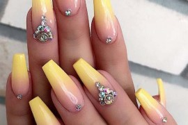 Superb Shiny Yellow Nail Arts Designs in 2019