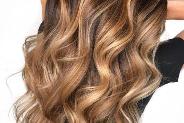 Inspiring Long Blonde Hairstyles with Brown Highlights for 2019
