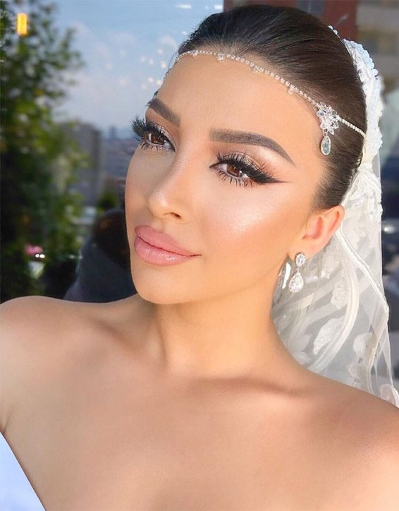 Awesome Makeup Ideas for Bridal Girls to Wear Now