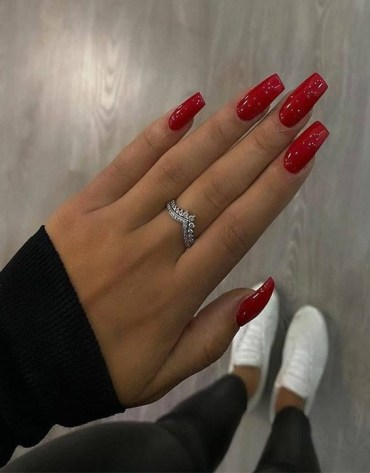 Edgy Style of Red Nail Designs for Your Finger