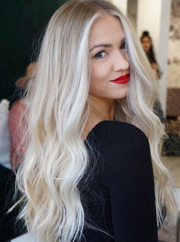 Long Blonde Hairstyles for Women You Must Try in Year 2019