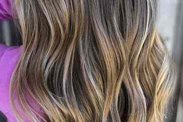 Lovely Shades Of Bronde Hair Colors for Long Waves Hair in 2020