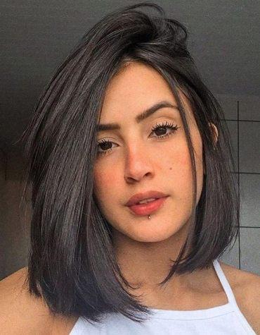 Stylish Medium Haircuts for Women In 2020