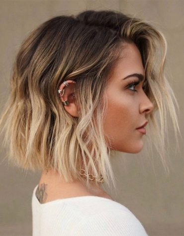 Lovely Blunt Short Bob Haircuts for Girls In 2020