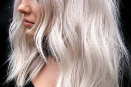 Soft Platinum Textured Haircuts to Show Off in 2020