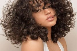 The Best Style of Medium Curly Hair to Enhance Your Beauty