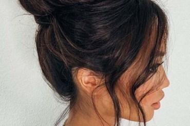 Gorgeous Top Bun Hairstyles to Show Off in Year 2020