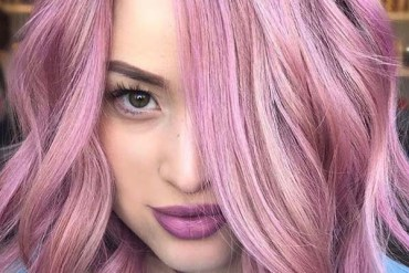 Amazing Pink Hair Color Shades to Show Off in Current Year