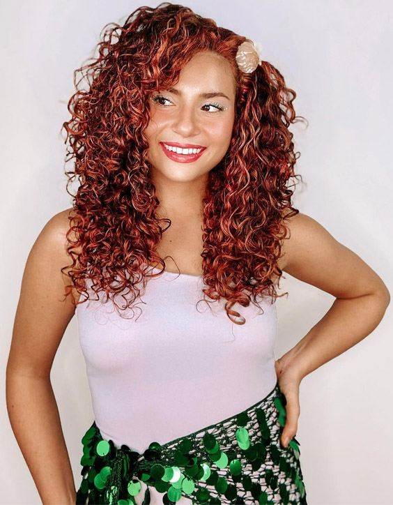 Hottest Look of Red Curly Hair for young Girls