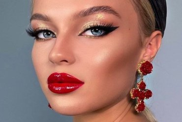 Adorable Style of Makeup Looks for Classical Style