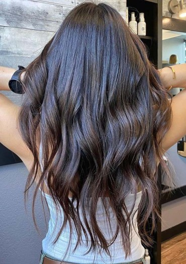 Amazing Chocolate Brown Hair Color Shades to Sport