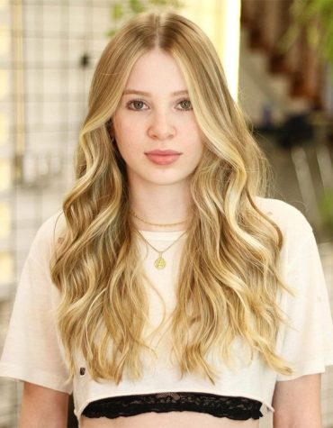 Beautiful Blonde Hair Highlights to Copy In 2021