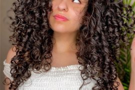 Modern Look of 2021 Curly Hair to Copy Now