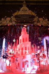 QUE LE SPECTACLE COMMENCE BY CHRISTIAN LOUBOUTIN