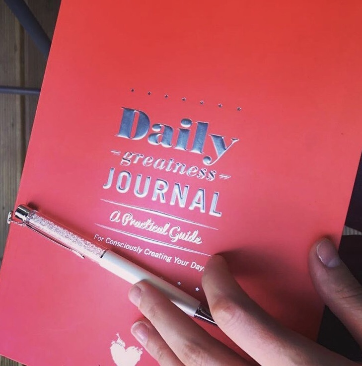 8 Reasons Why You Need The Dailygreatness Journal