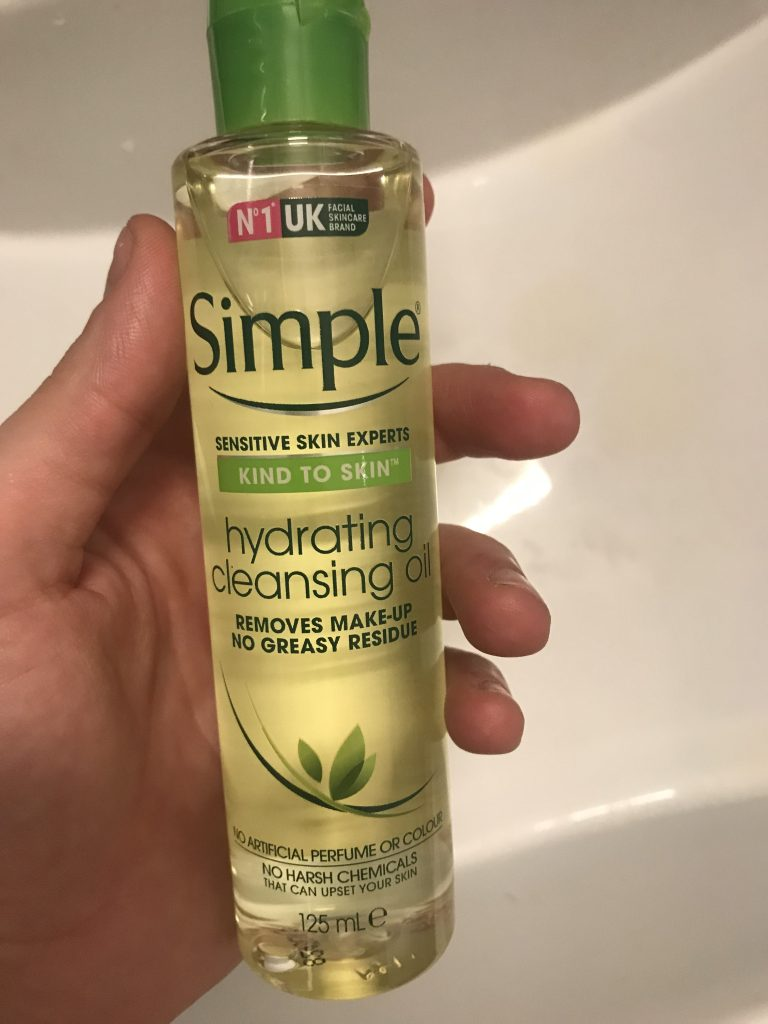 Simple Hydrating Face Oil Wash