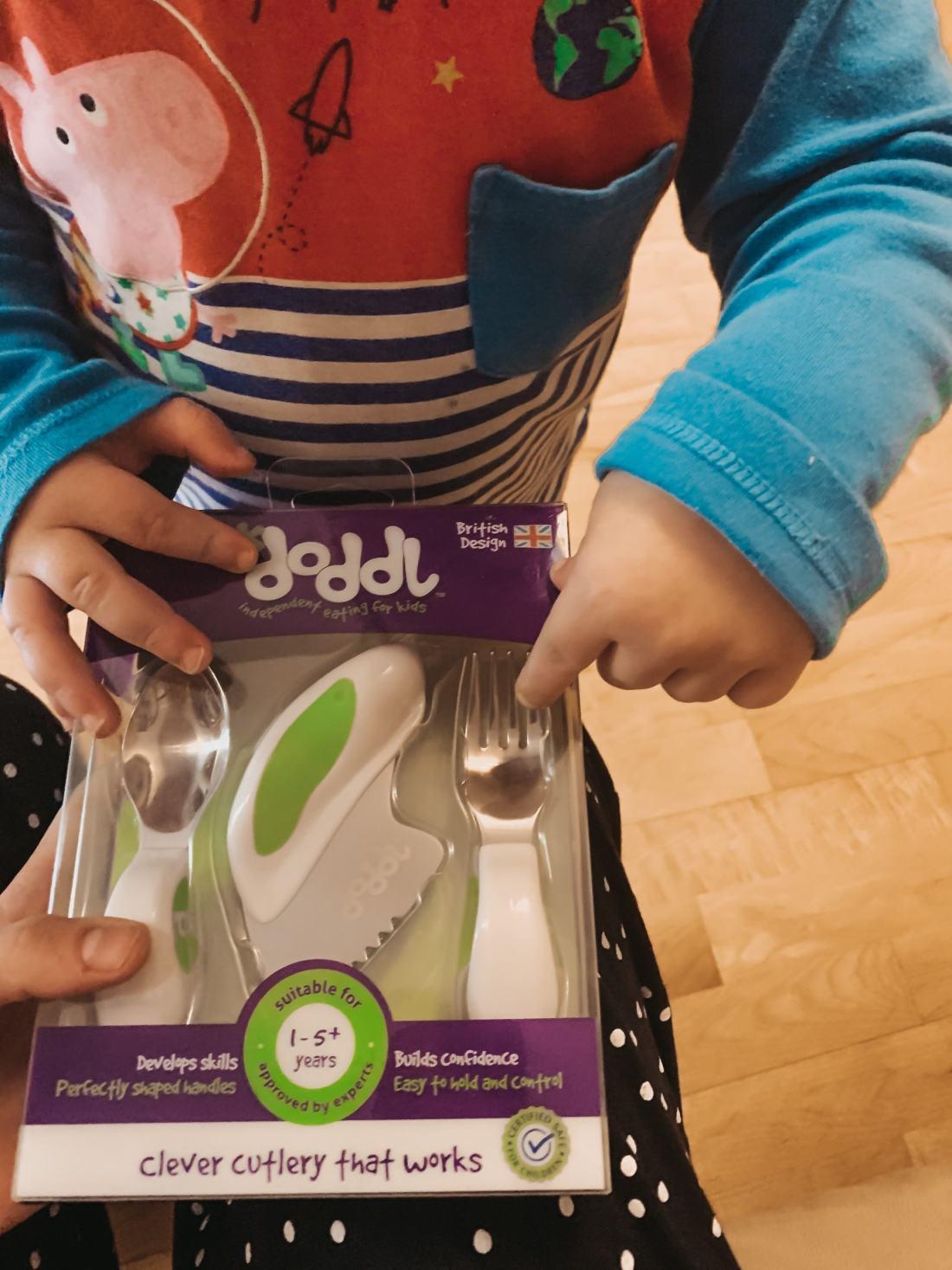 doddl-ergornomic-cutlery-set-www.stylinglifetoday.com