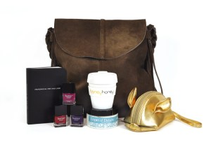 Win this $600 prize pack from HoneyHoney