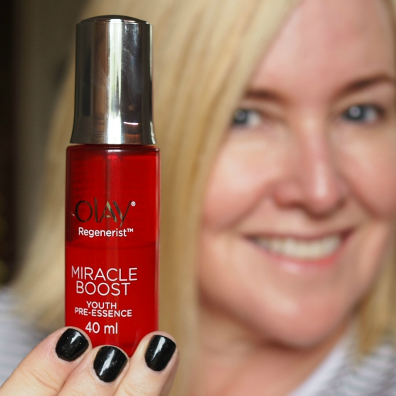Olay Regenerist Miracle Boost Youth Pre-Essence