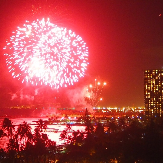 Fireworks Waikiki | 17 tips for travelling to Hawaii if you're a newbie