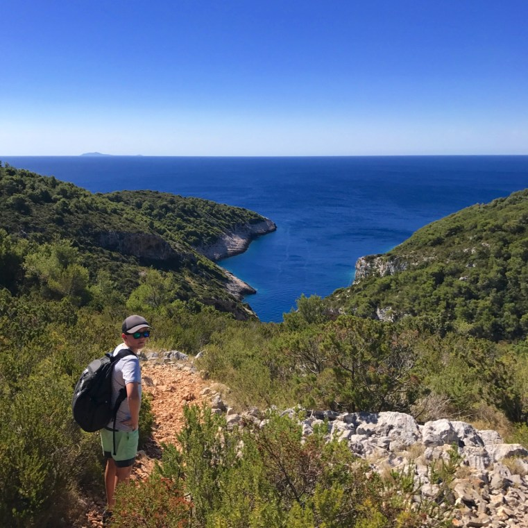 10 things to do on the Croatian Island of Vis | Stiniva Beach